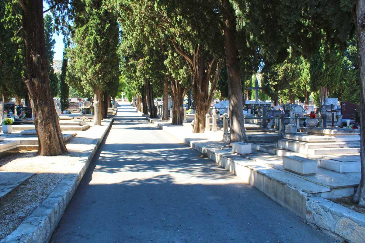 Pogled na groblje